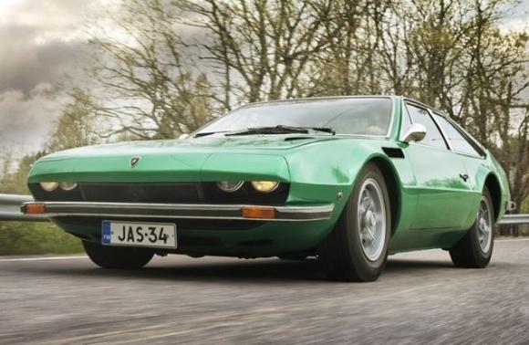 http://www.123ignition-conversions.com/wp-content/uploads/2015/11/1971_Lamborghini_Jarama.jpg